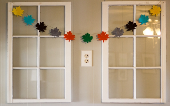 maple leaf bunting
