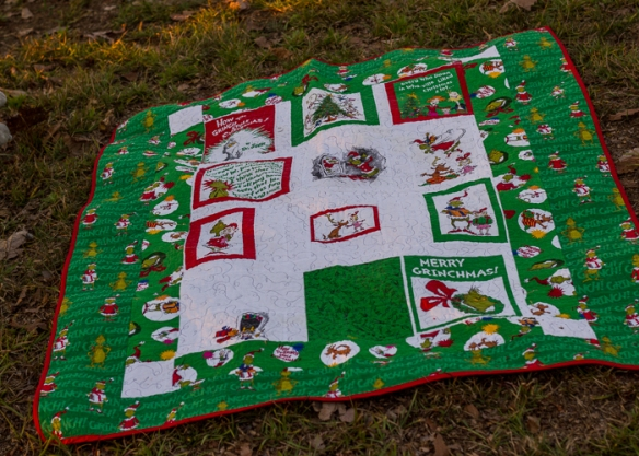 grinch quilt (4 of 6)