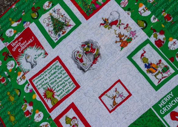 grinch quilt (6 of 6)